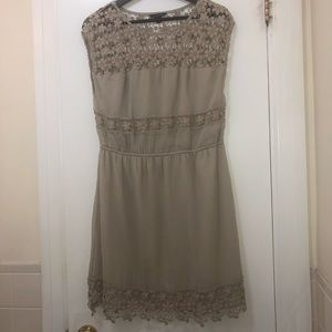 Beige American Eagle Dress with Lace design